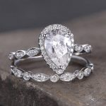 Which diamond size to choose for a best engagement ring?